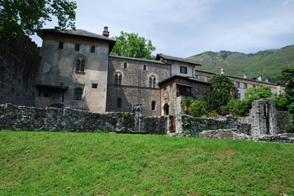 Ruinen des Castello Visconteo